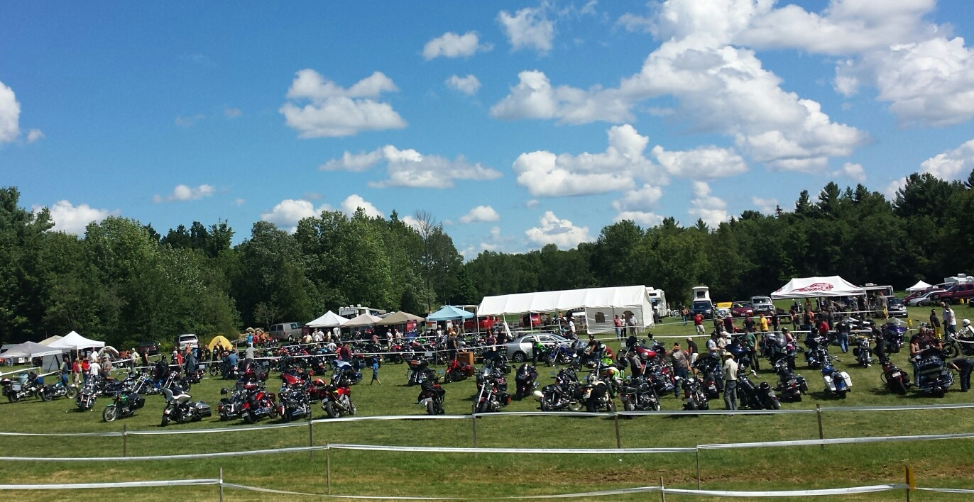 Rallye-2015-Association-canadienne-de-motos-anciennes-photo-courtoisie-publiee-par-INFOSuroit_com