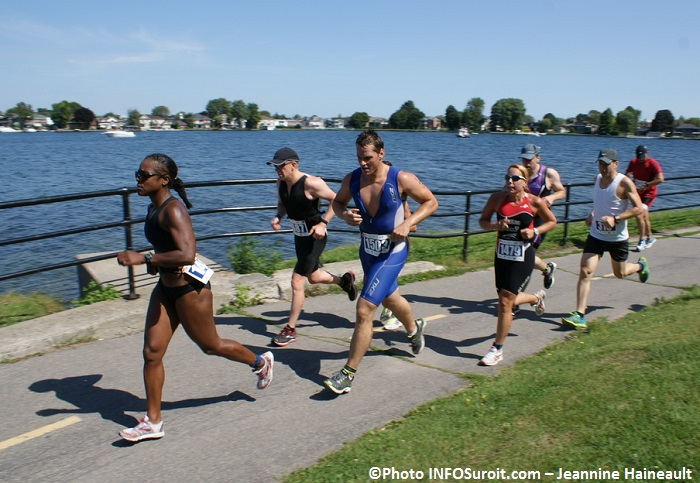 Triathlon-Valleyfield-2013-volet-course-a-pied-Photo-INFOSuroit-Jeannine_Haineault