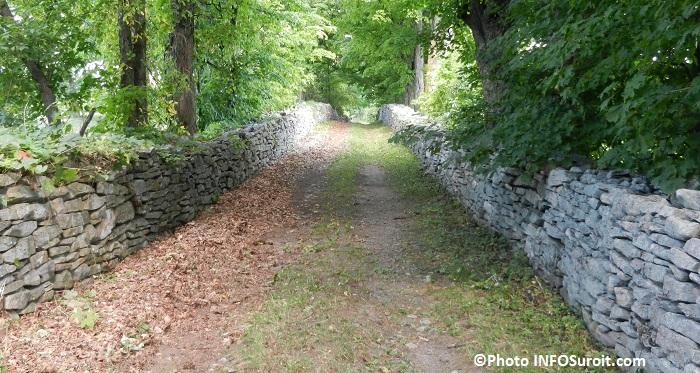 cidrerie Pommeraie_du_Suroit sentier pour le verger Photo INFOSuroit_com