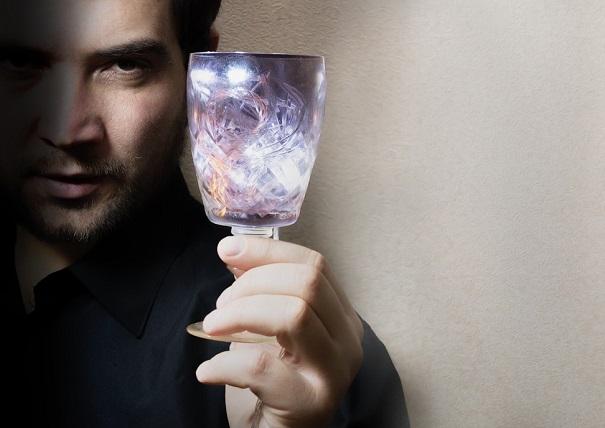 homme boisson alcool coupe de vin verre eau Photo Pixabay