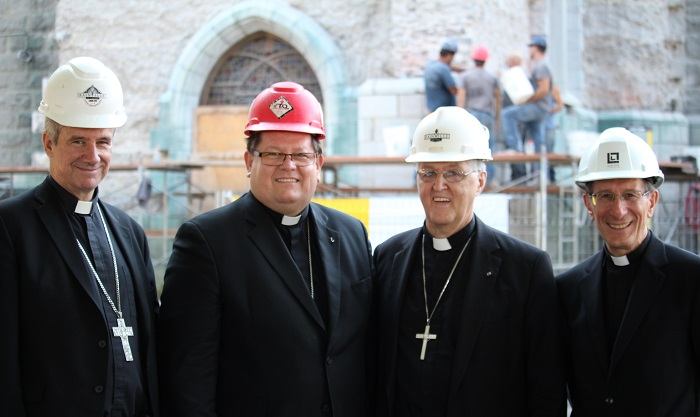 Diocese Valleyfield Mgr Lepine Cardinal Lacroix Eveque Simard et Nonce apostolique Mgr Bonazzi Photo courtoisie Diocese