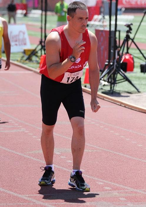 Sylvain_Forest athlete au depart de course a Los_Angeles Photo courtoisie Olympiques_Speciaux_Qc