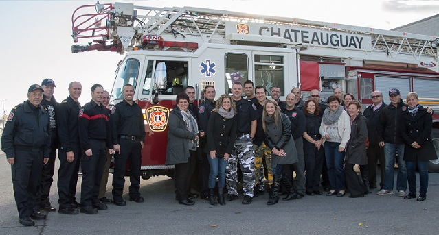 pompiers Chateauguay barrage pour Fondation Anna-Laberge Photo courtoisie Fondation