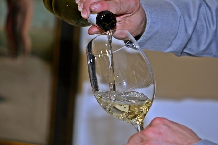 vins-bouteille-cocktail-coupe-de-vin-Photo-Pixabay-via-INFOSuroit