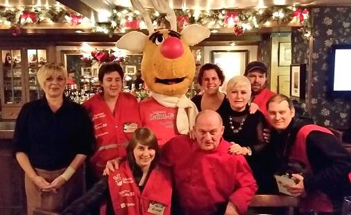 Nez Rouge de passage au restaurant Chez les deVillemure 12 decembre 2015 Photo courtoisie via Facebook