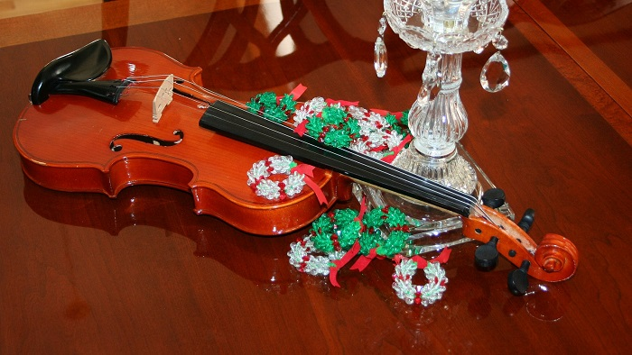 Violon temps des fetes Noel Photo Pixabay via INFOSuroit