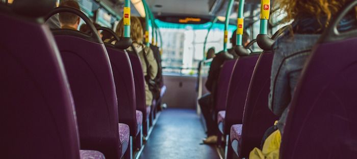 autobus interieur sieges passagers Photo Pixabay via INFOSuroit