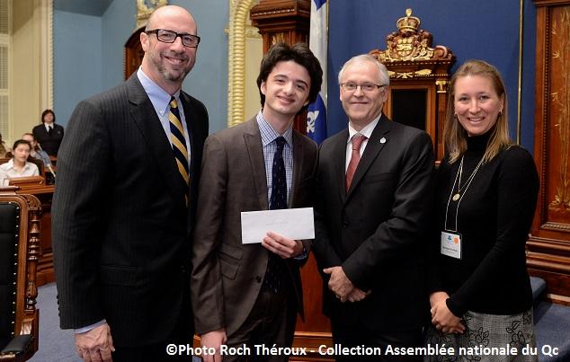 Gregory_Martel au Parlement des jeunes 1er prix Photo Roch_Theroux Collection Assemblee nationale du Qc
