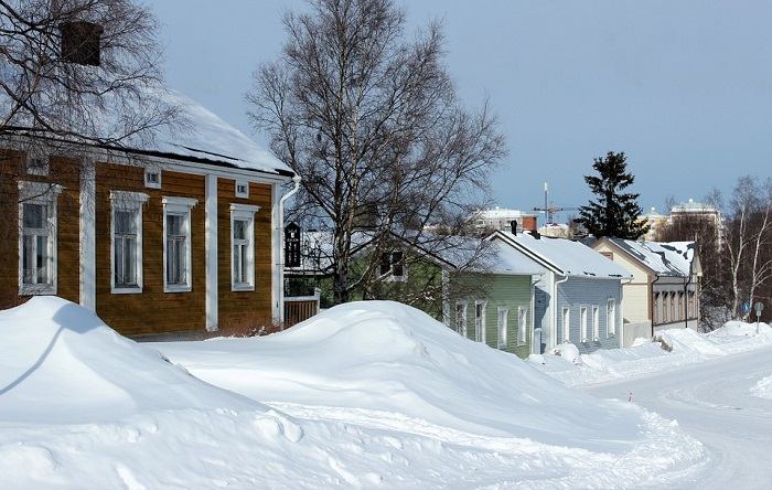 Maisons-habitations-batiments-Photo-Pixabay-publiee-par-INFOSuroit-com