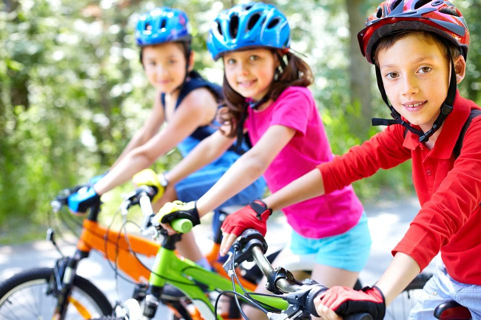 velo-bicyclette-enfants-transport-actif-photo-pixabay