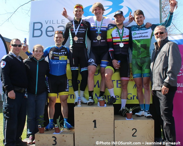 Criterium Beauharnois podium course Open Pier-Andre_Cote medaille or Photo INFOSuroit_Jeannine_Haineault