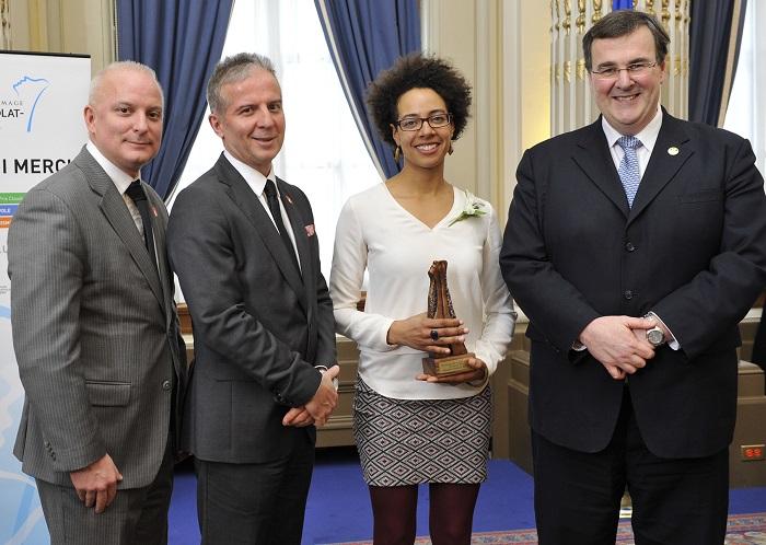 Jasmine-Kabuya-Racine-recoit-prix-hommage-benevolat-quebec-photo-courtoisie-publiee-par-INFOSuroit-com