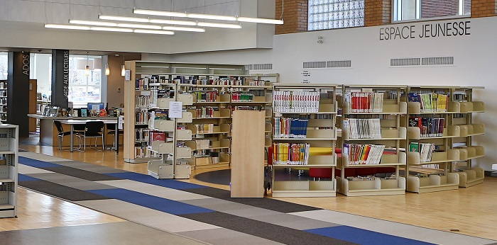 bibliotheque Beauharnois livres espace jeunesse coin ados photo courtoisie