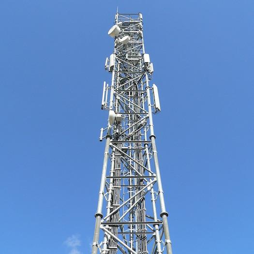 antenne tour cellulaire telecommunication Photo Pixabay via INFOSuroit