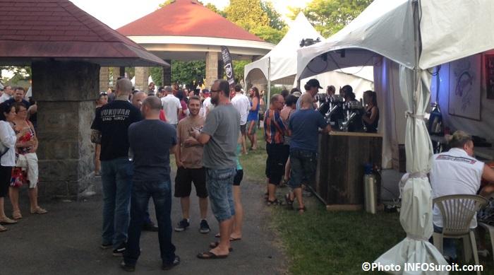 festi-bieres du Suroit 2016 visiteurs kiosques et plus Photo INFOSuroit_com
