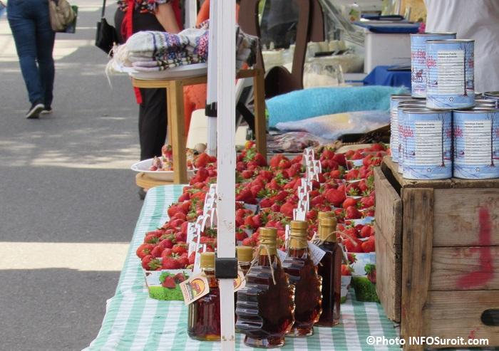 marche fermier Huntingdon juin 2016 fraises et sirop erable Photo INFOSuroit