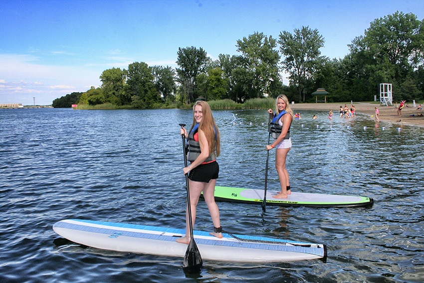 paddle board a la plage du parc regional des iles de St-Timothee Photo courtoisie SdV
