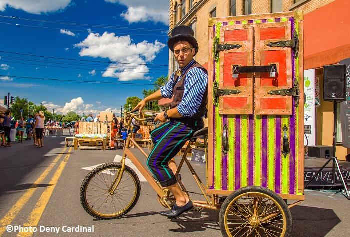 samedis urbains Valleyfield animation de rue cycliste Photo Deny_Cardinal courtoisie SdV