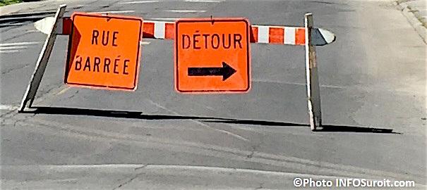 detour travaux rue barree panneaux signalisation Photo INFOSuroit_com