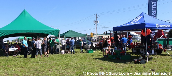 CoopdesFrontieres journee champetre 2016 kiosques Photo INFOSuroit-Jeannine_Haineault