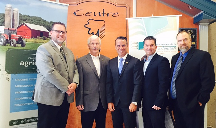 Investissement a CSVT Marc_Girard Frank_Mooijekind Stephane_Billette Guy_Leclair et Marc_Brichau Photo courtoisie SB via INFOSuroit