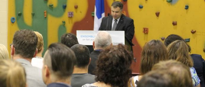 Ministre Sebastien Proulx a Chateauguay photo courtoisie