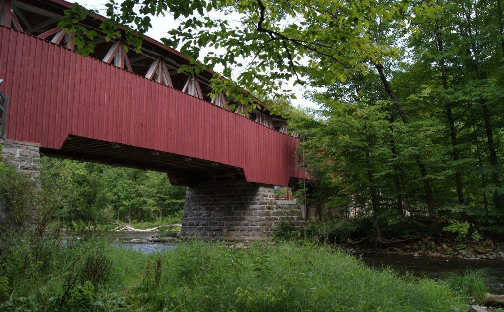 Pont_Percy de profil et riviere Photo-courtoisie publiee par INFOSuroit