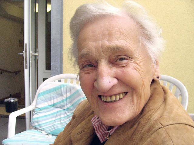 personne agee ainee femme sourire Photo Pixabay via INFOSuroit