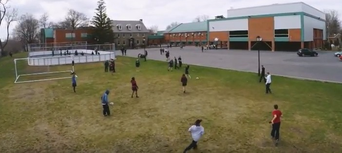 college-heritage-chateauguay-cour-d-ecole-extrait-video-3-youtube-collegeheritage