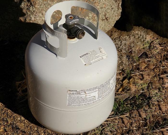reservoir-propane-20lbs-photo-ccby-sa3_0-via-wikimedia-via-infosuroit