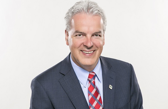 bernardsevigny-president-umq-maire-de-sherbrooke-photo-courtoisie-umq