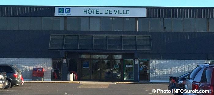 hotel-de-ville-vaudreuil-dorion-entree-principale-photo-infosuroit