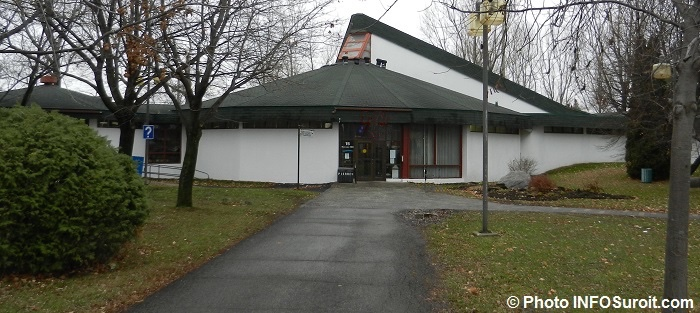 Centre-culturel-GeorgesPVanier-boul-Maple-a-Chateauguay-Photo-INFOSuroit
