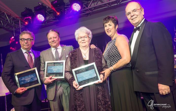 hommage a trois grands ambassadeurs de la FMSPVS Photo JosianeFarand