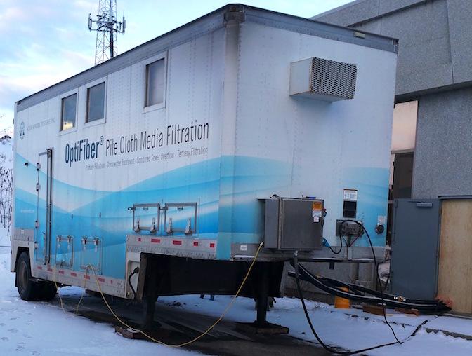Essai_pilote nouveau systeme usine_epuration_eaux filtration a Chateauguay Photo courtoisie