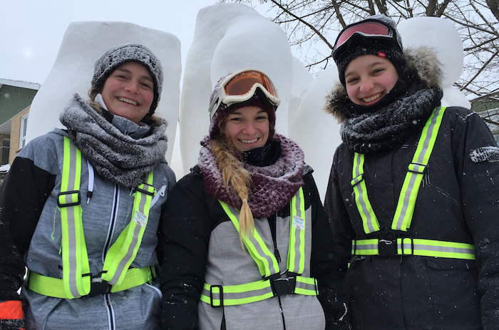 JustineLagace CatherineLeduc et JoelleMontpetit sculpture neige Photo CollegeValleyfield