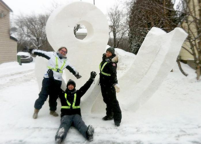 MeganDare CharlieLoupTurcot et ElodieBruelJoncas sculpture neige Photo Colval