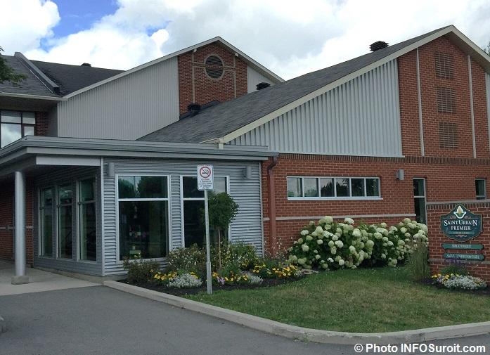 St-Urbain-Premier bibliotheque et centre communautaire 2016 Photo INFOSuroit