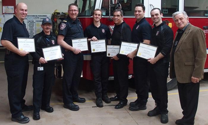 certificat reconnaissance annees de service pompiers Ville de Rigaud Photo courtoisie