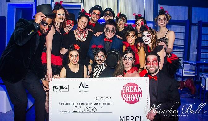remise cheque Freak_Show 2017 Photo courtoisie Fondation Anna_Laberge
