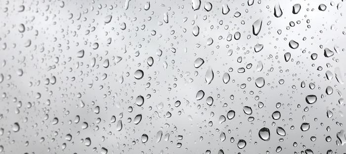 gouttes de pluie temps gris Photo Garyuk31 via Pixabay