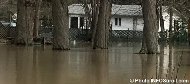 inondation debordement riviere maison Rigaud 2mai2017 Photo INFOSuroit