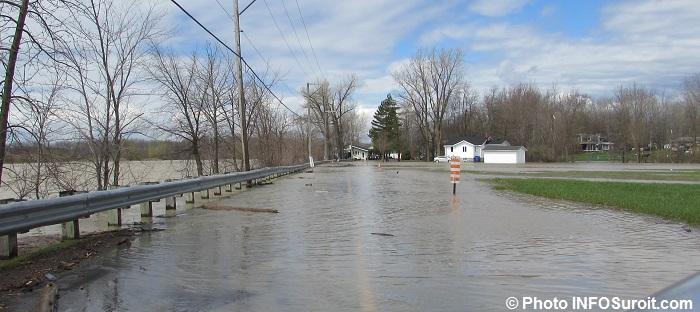 inondations Rigaud riviere printemps route crue des eaux 2mai2017 Photo INFOSuroit