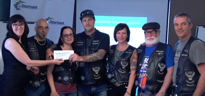 Bikers_Quebec de Valleyfield remise cheque LeTournant juin 2017 photo courtoisie