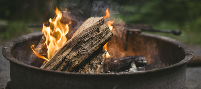 feu foyer exterieur photo Supreme_Ryan via Pixabay CC0