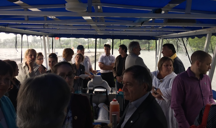lancement 2017 navettes et croisieres invites sur bateau ponton Photo courtoisie CLD