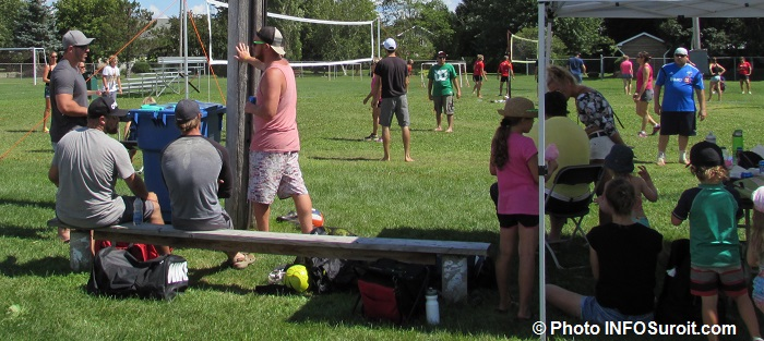 fete familiale 2015 a St-Louis-de-Gonzague tournoi Volleyball Photo INFOSuroit