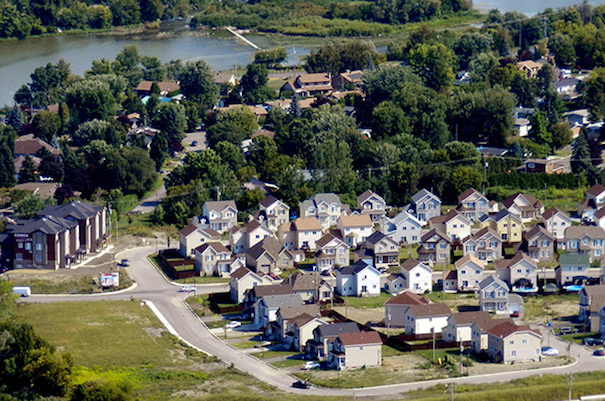 maisons a Chateauguay photo aerienne courtoisie Ville Chateauguay