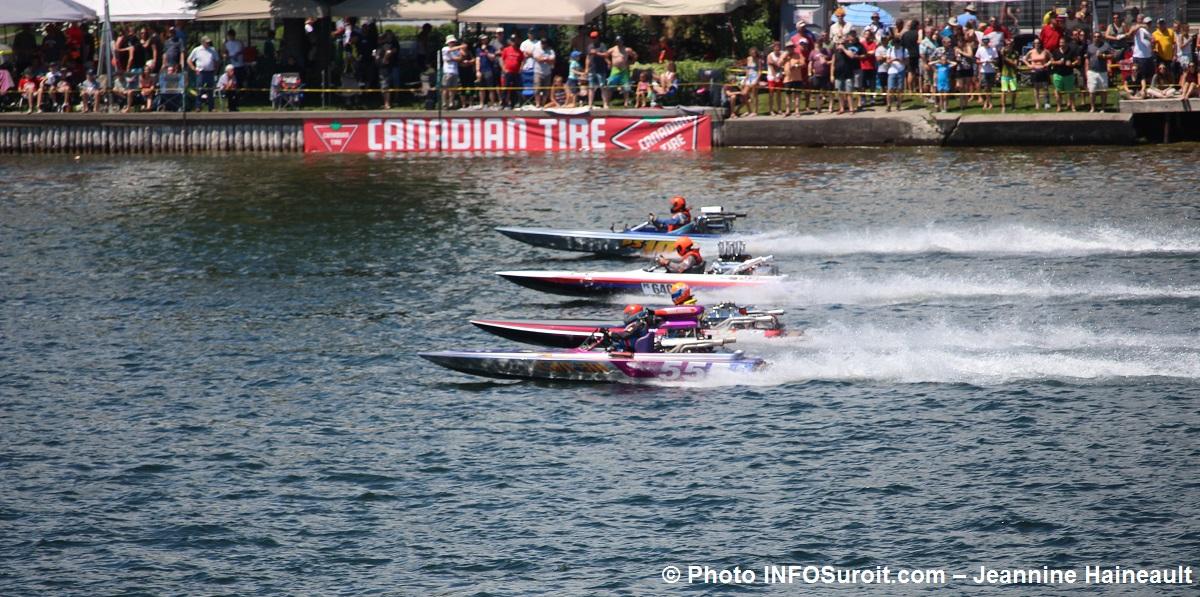 regates Valleyfield 2017 Pro-Stock course 4 bateaux Photo INFOSuroit-Jeannine_Haineault
