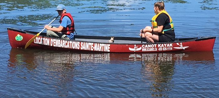 scabric Location canots et kayaks a Ste-Martine Roch et Rebecca Photo courtoisie